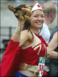 A fun runner dressed as Wonder Woman