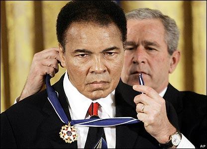 Ali is awarded America's highest civilian honour by President George Bush.