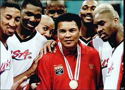 Ali recieves an honorary Olympic Gold at 1996 Olympics.