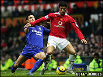 Cristiano Ronaldo (right) of Manchester United and Frank Lampard of Chelsea