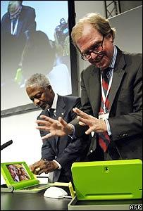 Kofi Annan and Nicholas Negroponte