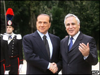 Italian PM Silvio Berlusconi (left) and Israeli President Moshe Katsav