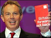 Tony Blair launches the Labour manifesto