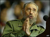 Fidel Castro has mocked reports that he has Parkinson's