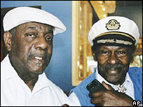 Johnnie Johnson (l) with Chuck Berry