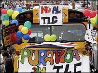 Protesta contra el TLC en Costa Rica.