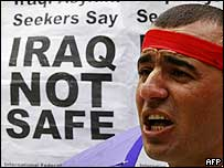Protester against Iraqi deportations