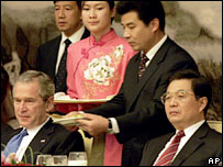 George W Bush (left) with Chinese President Hu Jintao - 20/11/05