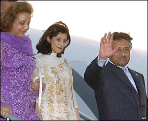 Pervez Musharraf arrives with his wife Sehba