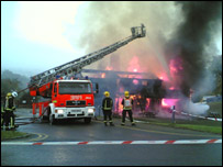 Wycombe Summit Centre fire - Picture by Simon Harley