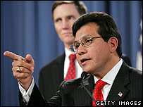 US Attorney General Alberto Gonzales announcing the indictment against Jose Padilla