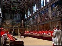 Cardenales en la Capilla Sixtina, en el Vaticano