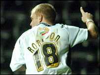 Andy Robinson celebrates against Rushden