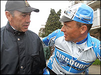 Eddy Merckx (L) and Lance Armstrong