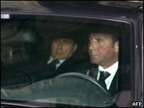 Italy's Prime Minister Silvio Berlusconi (left)
