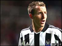 Newcastle midfielder Lee Bowyer