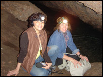 Diana Zileri junto a su compa�era de aventuras Mariusa Reyes.