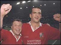 Scott Gibbs and Martin Johnson celebrate victory
