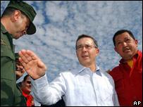 �lvaro Uribe y Hugo Ch�vez