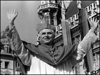 Cardinal Ratzinger leaving Munich in 1981