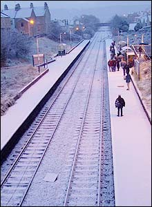 Commuters at Oldfield Park station, Simon Cavill