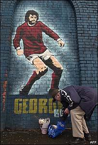 Mural de George Best en Belfast, Irlanda del Norte.