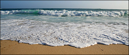 Porthcurno beach (BBC/Amos)