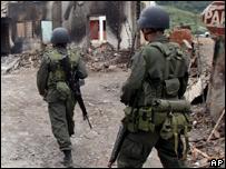 Soldados en Toribio