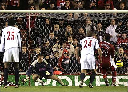 Aiyegbeni Yakubu scores for Boro from a penalty