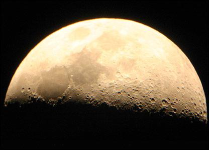 La Luna vista desde el observatorio de Mamalluca, Chile. Foto: Manuel Toledo