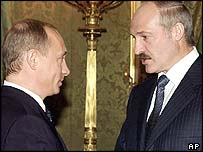 Vladimir Putin (left) and Alexander Lukashenko