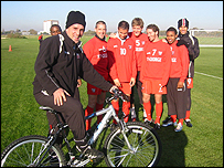 Martin Allen and members of the Brentford squad