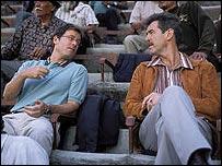 Greg Kinnear and Pierce Brosnan in The Matador