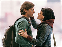 Ashton Kutcher and Amanda Peet in A Lot Like Love