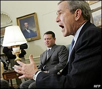 Kind Abdullah of Jordan and US President Bush during an Oval Office meeting