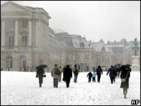 Snow at Versailles.  Image: AP