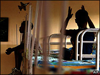 طفلان من الدومينيكان مصابان بالفيروس