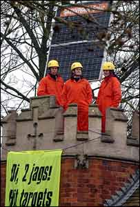 Activists on the top of John Prescott's house