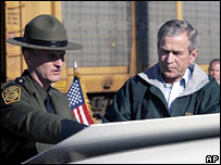 President Bush in El Paso sector of the US-Mexico border