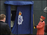 The Queen unveiling the memorial