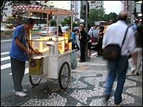 Popcorn vendor in Sao Paulo city centre