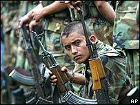 Miembros de las Autodefensas Unidas de Colombia (AUC)
