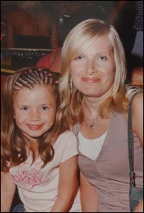 Helen Harcombe with daughter Ffion
