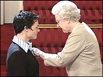 Ellen MacArthur receives her damehood from the Queen