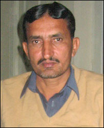 Jehan Khan Niazi - brother of the murderer - and father of the three sisters