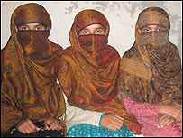 The three Khan sisters (from l to r): Abda, Amna & Sajda Khan