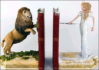 Narnia bookends