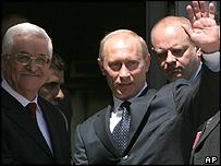 Putin meets Abbas in Ramallah