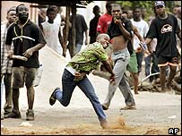 Youths rioting in Lome