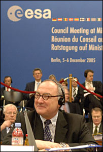 Esa boss Jean-Jacques Dordain at ministerial meeting